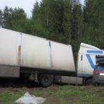 В Орловском районе столкнулись «Ниссан» и грузовик «ДАФ»