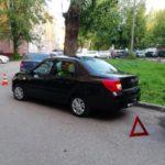 В Кирове 72-летний водитель автомобиля «Датсун» сбил во дворе женщину-пешехода
