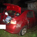 В Слободском районе 24-летняя девушка на «Рено» врезалась в сарай