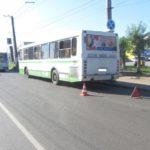 В Кирове в салоне автобуса годовалую девочку осыпало разбитым стеклом
