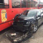 В УМВД сообщили подробности наезда автобуса на девять машин в Кирове