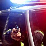 В Кирове полицейские остановили 19-летнего пьяного лихача с помощью табельного оружия