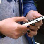 В Вятскополянском районе женщина украла оставленный в коляске телефон