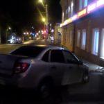 В Кирове 19-летняя девушка на «Гранте» врезалась в здание