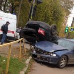 В Кирове столкнулись «Лада Гранта» и «Хонда»: один человек госпитализирован
