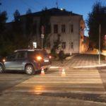 В Кирове водитель «Ниссана» сбил мужчину с ребенком на пешеходном переходе