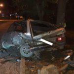 В Кирове водитель «Субару» врезался в припаркованный «ВАЗ» и сбежал с места ДТП