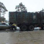 В Белохолуницком районе пьяный бесправник на иномарке врезался в «КамАЗ»