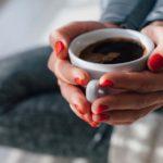 Врачи не рекомендуют начинать день с чашки кофе