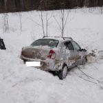 В Мурашинском районе водитель «Рено» опрокинулся в кювет: пострадал один человек