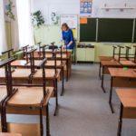 В Кирове департамент образования разбирался в драке двух учениц одной из школ города