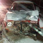 В Санчурском районе бесправник на «Фольксвагене» врезался в столб