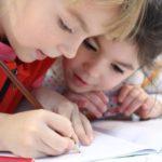 В России братьев и сестер будут зачислять в одну школу или садик
