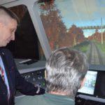 Сотрудники РЖД и ГИБДД напомнили пассажироперевозчикам о правилах безопасности на железнодорожных переездах