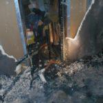 В Кирове на пожаре в многоквартирном доме пострадали женщина и ребенок
