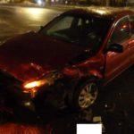 В Кирове столкнулись «Лада Гранта» и «Мицубиси»: пострадали два человека