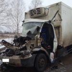 В Советском районе «Газель» врезалась в «КамАЗ»: госпитализированы два человека
