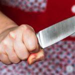 В Кирове 40-летняя женщина в ходе ссоры зарезала своего сожителя