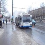 В Кирове троллейбус сбил пешехода: 43-летний мужчина госпитализирован
