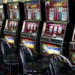 В Кирове будут судить мужчину за организацию и проведение азартных игр