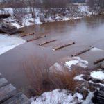 В Нолинском районе затопило мост