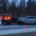 В Кирове столкнулись «Рено» и «Киа»: пострадали четыре человека, в том числе 2-летняя девочка