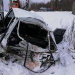 В Шабалинском районе в результате столкновения поезда и автомобиля погибла женщина, еще 4 человека получили травмы