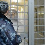 В Кирсе осужден сотрудник колонии, который получал взятки от осужденных