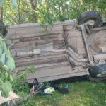 В Свечинском районе «Киа» опрокинулась в кювет: пострадала женщина и 15-летняя девочка