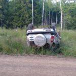 В Унинском районе пьяный водитель «Нивы» опрокинулся в кювет