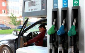Кировская область в числе лидирующих регионов России по темпу роста цен на топливо