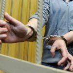 Житель Нолинска проник в жилище и избил своего знакомого металлической балкой