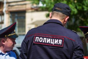 В Кировской области разыскивают мужчину, который жестоко убил молодого человека и девушку