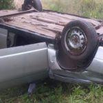 В Нолинском районе водитель «ВАЗа» опрокинулся в кювет