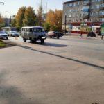 В Кирове пенсионерка выпала из автомобиля на проезжую часть