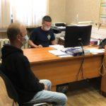 В Кирове раненый мужчина выпрыгнул со 2 этажа, спасаясь от своего несостоявшегося убийцы