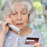 Неизвестные похитили с банковской карты жительницы Малмыжа 93 тысячи рублей
