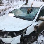 В Кирове пьяный водитель «Киа» опрокинулся в кювет