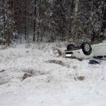 В Шабалинском районе в результате столкновения иномарки с грузовиком госпитализированы два человека