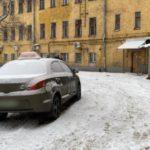 В Кирове в отношении мужчины, напавшего с ножом на водителя такси, возбуждено уголовное дело