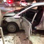 В Кирове столкнулись «Лада Гранта» и «Киа»: пострадал один человек
