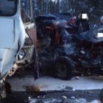 В Юрьянском районе в ДТП с автобусом погиб мужчина